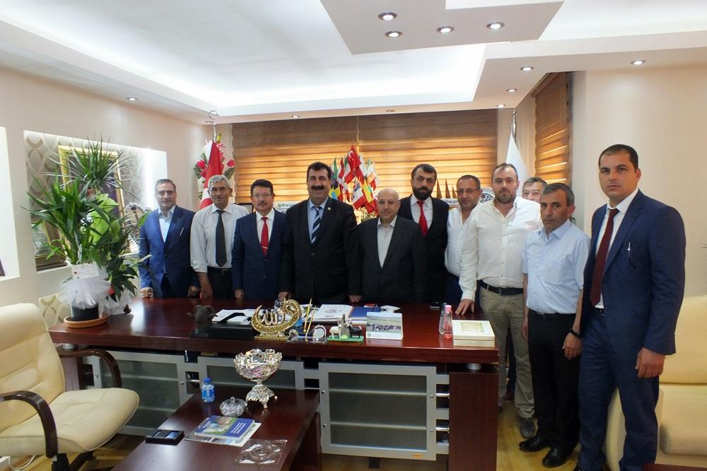 Dr.Özcan Ve Daire Başkanı Dr.Ankaralı Merkez Birliğimizde